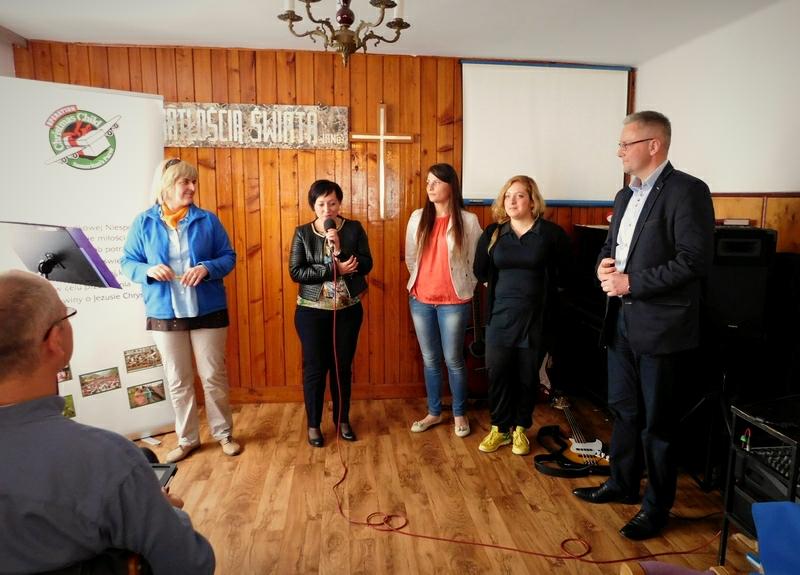 Kościół Zielonoświątkowy w Miastku Gwiazdkowa Niespodzianka